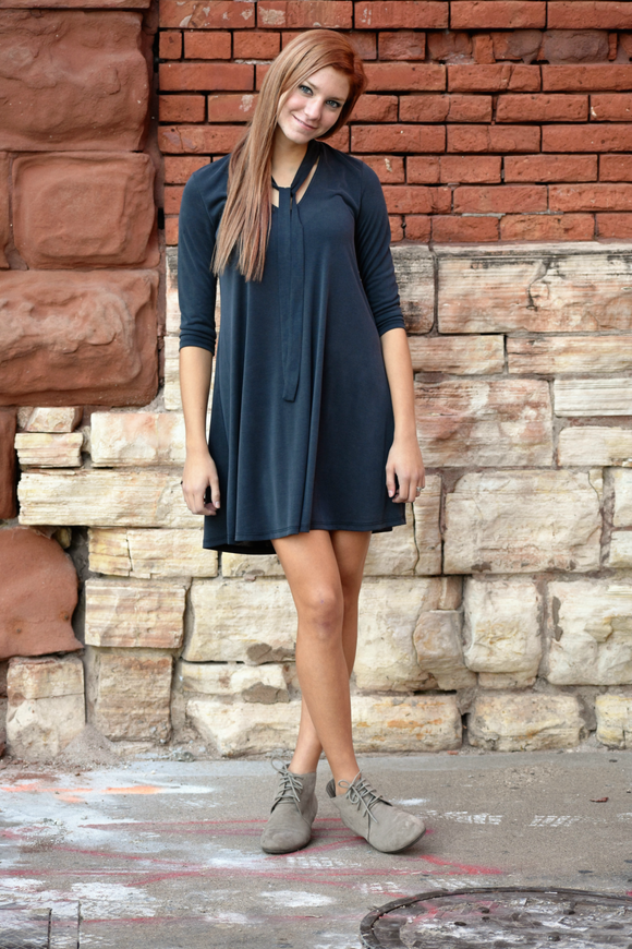 Long Sleeve Front Tie Shift Dress - urbanity online