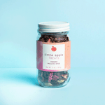 Modern mulling spice with rose petals, spices and citrus