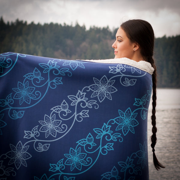 Fleece Azure Sherpa Blanket: Water Collection - Soul Curiosity