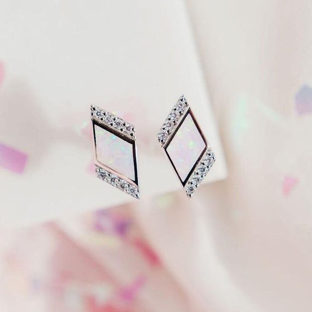 Deco Studs in Pink Opal