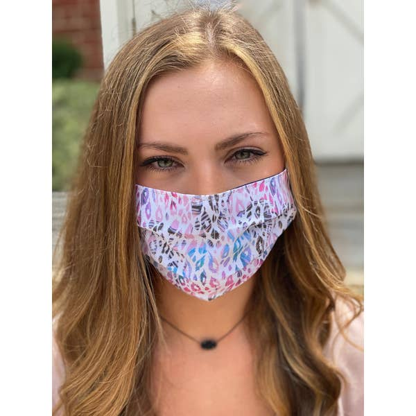 Feathers Pleated Face Mask