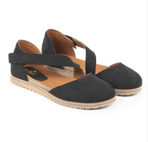 Women's Crossover Strap Suede Sandal