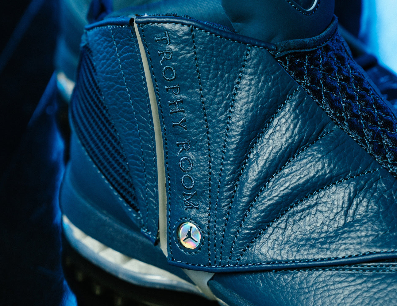 AIR JORDAN + TROPHY ROOM XVI - French Blue