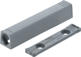 Blum TIP-ON adapter plate for doors, horizontal (20/32 mm.)