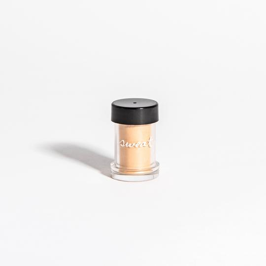 "SWEAT COSMETICS - REFILL ""GLEAM ON"" ILLUMINATOR - Smith & Brit Boutique and Spa"