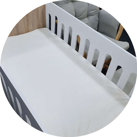 Sleep Tight Bamboo Fitted Cot Mattress Protector