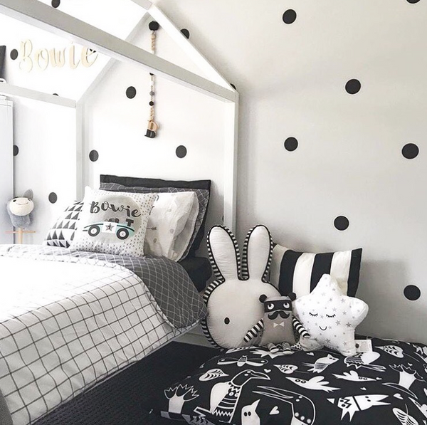 kids monochrome bedroom inspiration