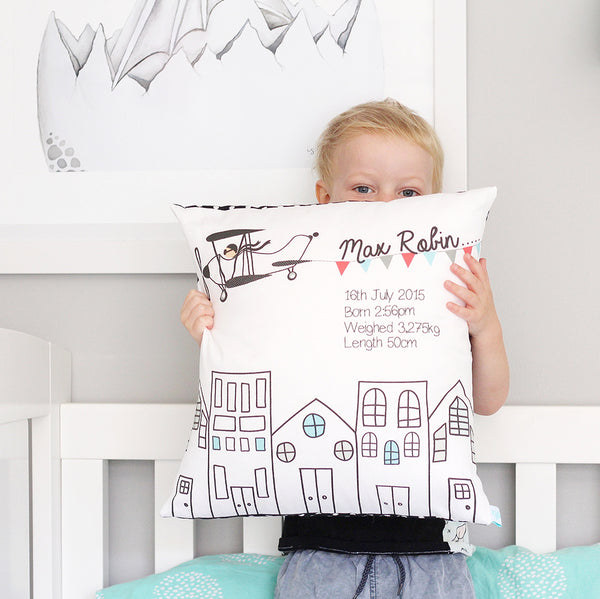 Kids and baby's personalised cushions - Happy Joy Decor