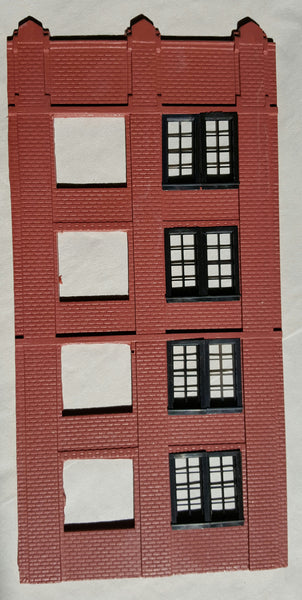 #D0062 - O Scale - Narrow Front Window Wall