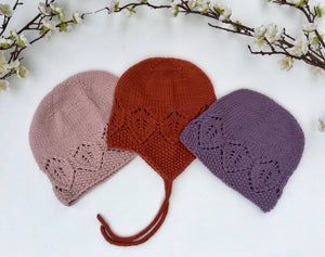 Snowflower Hat - English