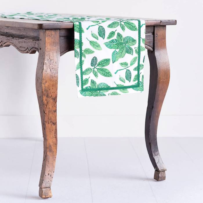 Ficus Dance Jade Table Runner 5611