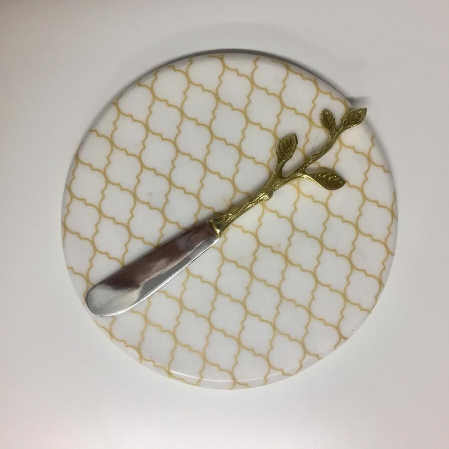 Round Marble Trivet with Gold Tone Pattern