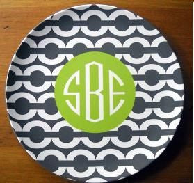 Monogrammed Gray Chain Plate
