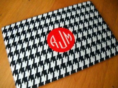 Monogrammed Houndstooth Glass Cutting Board