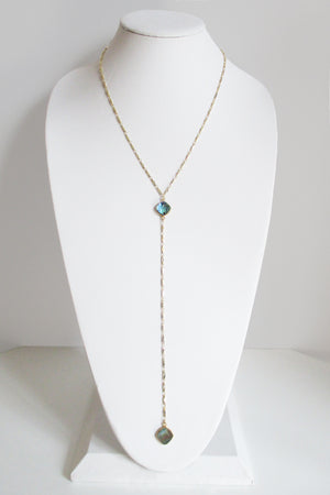 MG ANYA CELESTE Y NECKLACE ABALONE SHELL
