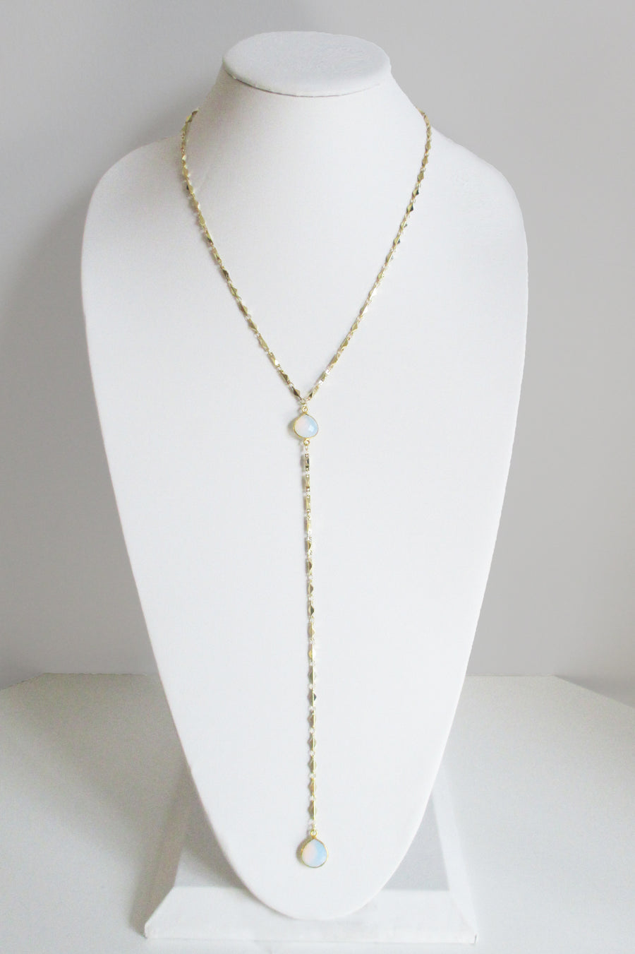 MG ARIANNA CECELIA Y NECKLACE WHITE OPAL