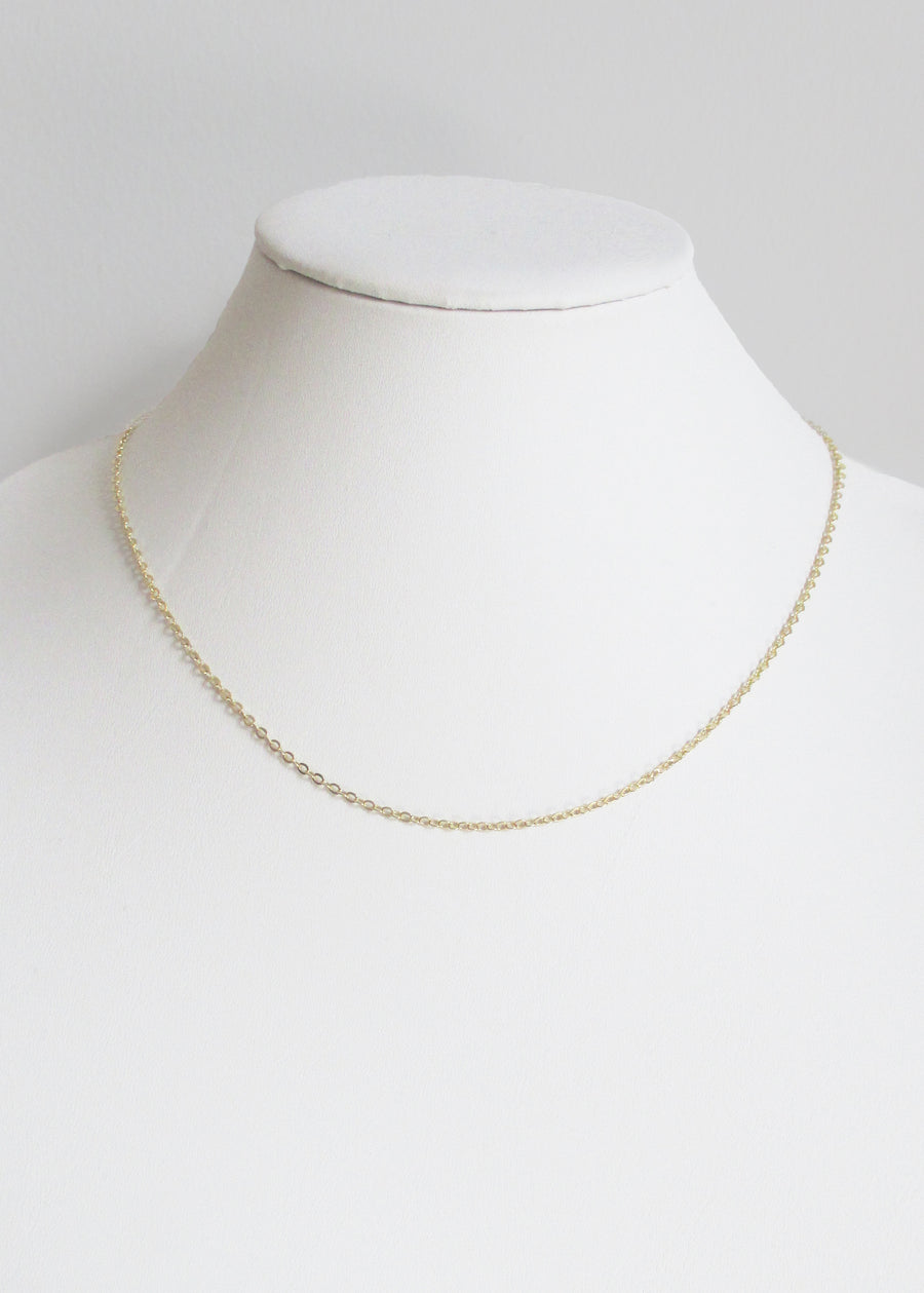 CABLE CHAIN MID LENGTH NECKLACE