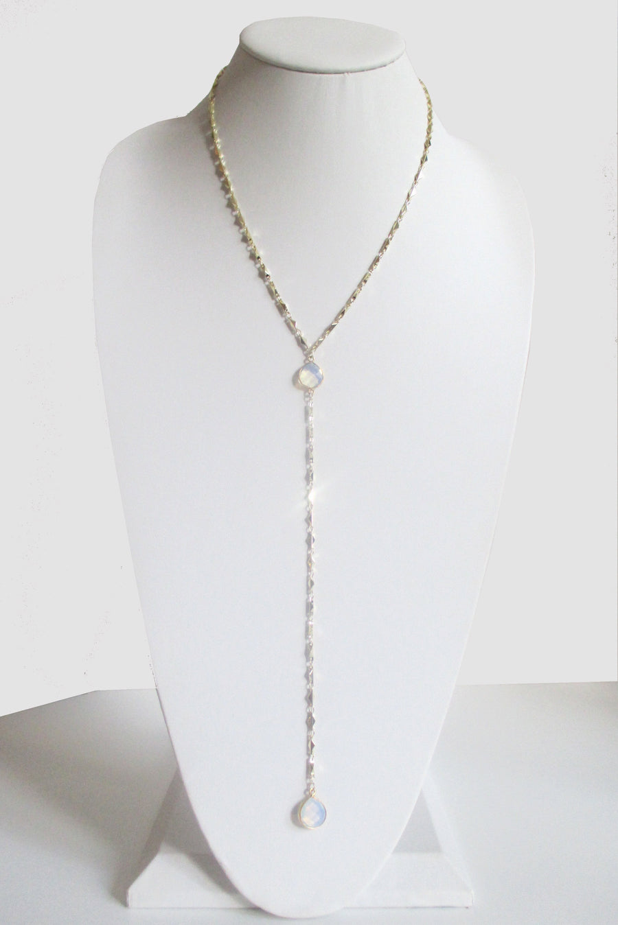 ARIANNA CECELIA Y NECKLACE WHITE OPAL