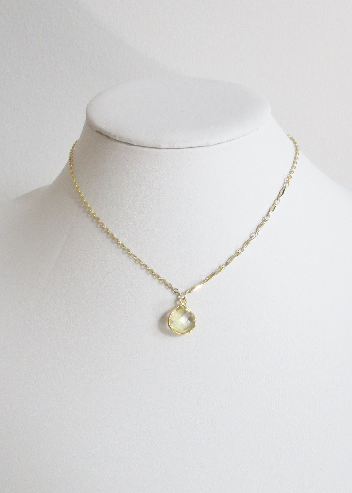 LIVEOUTLOUD ANYA CABLE CITRINE LEMON NECKLACE