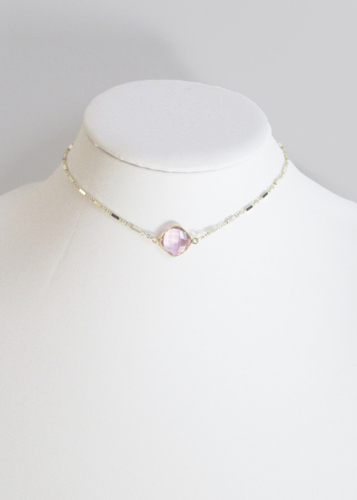 MARTIA CHOKER NECKLACE ROSE PINK