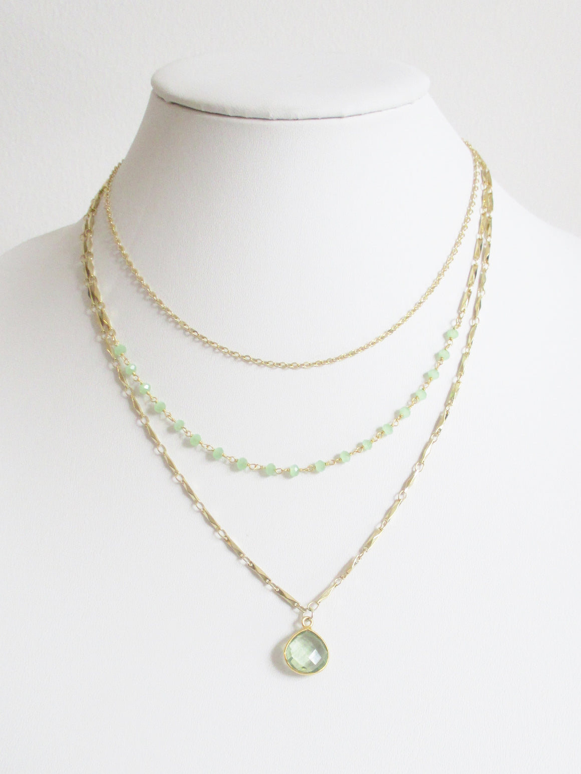 METALLIC OCEAN THREE TIER GREEN CHALCEDONY AND GREEN AMEYTHEST GEMSTONE NECKLACE