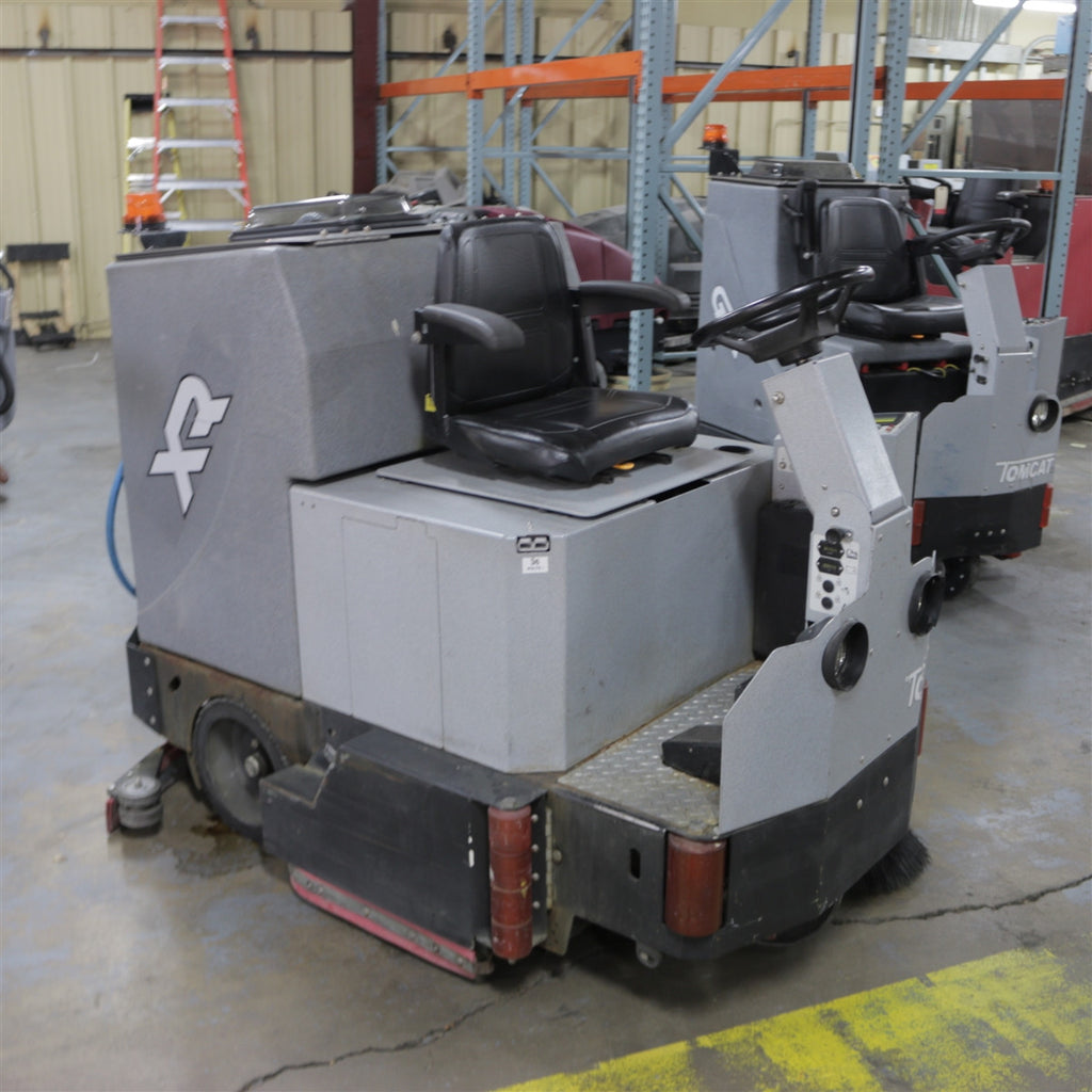Used Used Factory Cat Floor Scrubber For Sale