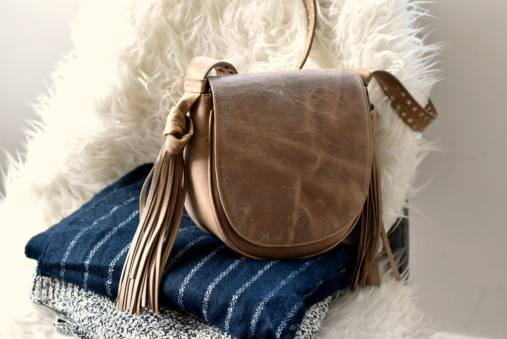 neutral crossbody leather bag_2017 goals
