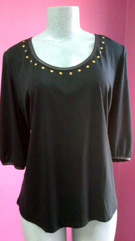 BLACK TOP WITH LEATHER PATTERN