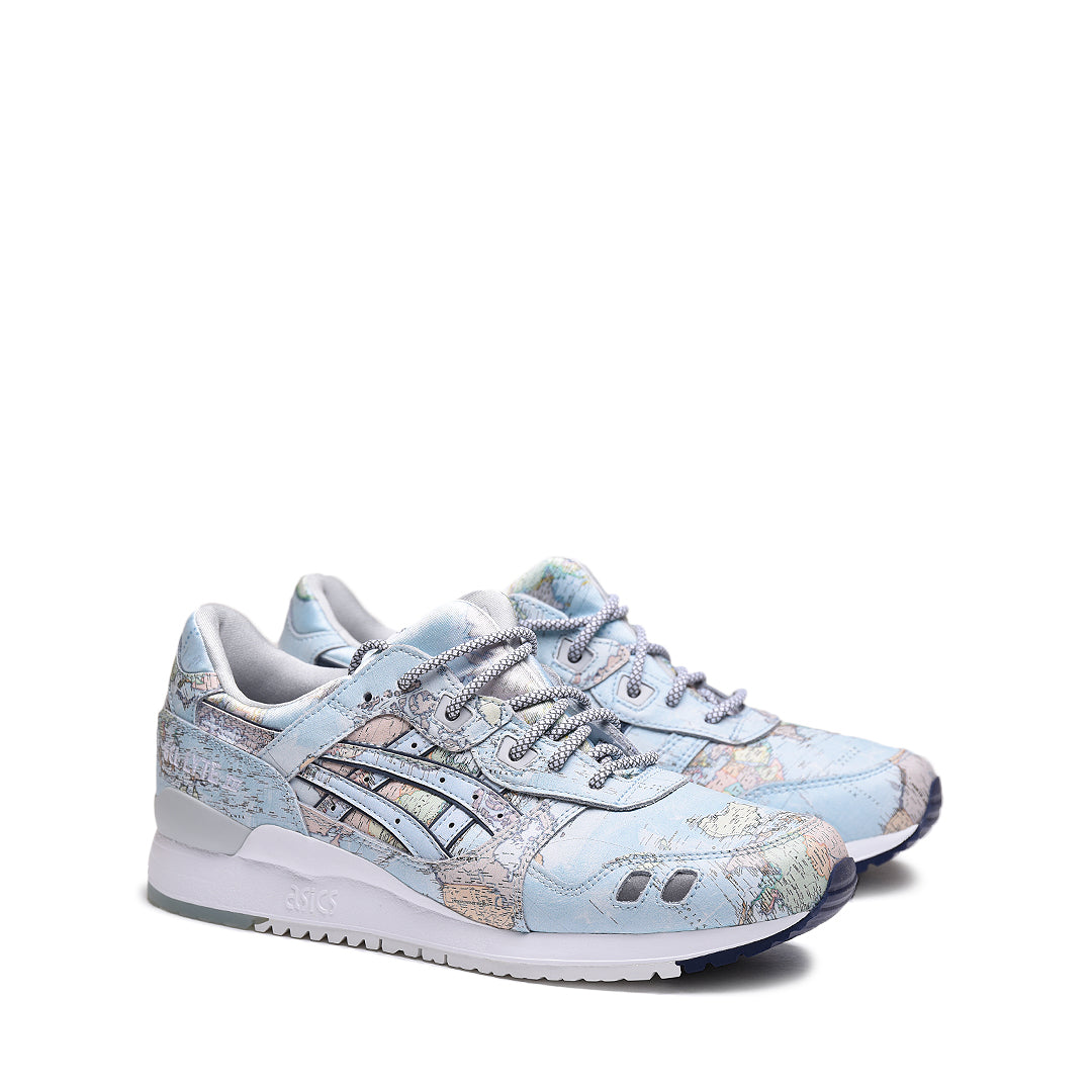6d5ee3d88f9d03 With a cartography inspired upper featuring a globe print. The sneaker is  finished off with rope laces