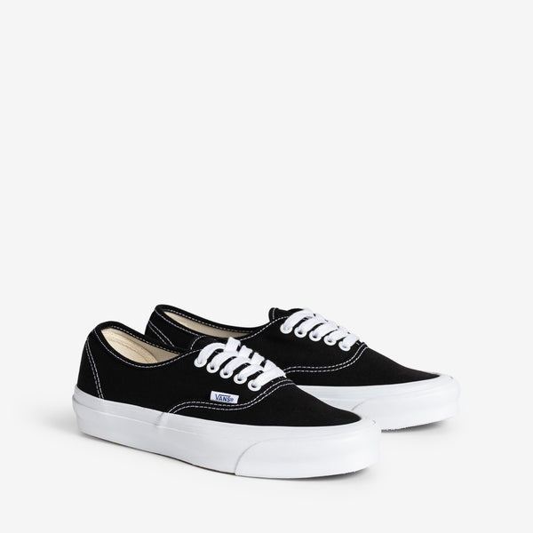 OG Authentic LX Canvas Black | True White
