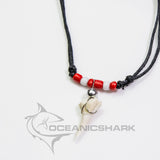 Shark tooth red white bead Haifischzahn dent de requin c133