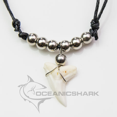 Blue shark tooth chrome colour bead souvenir c135
