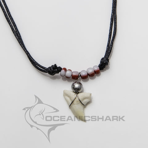 Shark teeth necklace white red glass bead lollipop c21