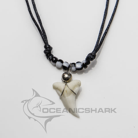 Shark teeth necklace black white magpie ying yang c22