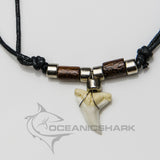Shark teeth necklace coconut wood chrome bead morocco c41