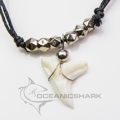 Sharks tooth hexagon chrome look necklace Souvenir c93