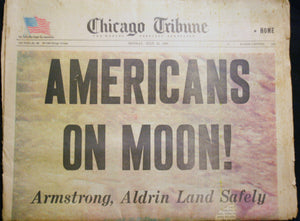 07 21 1969 NEWS Chicago Tribune -  Americans on Moon