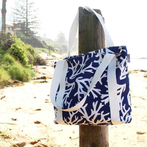 Beach bag navy coral