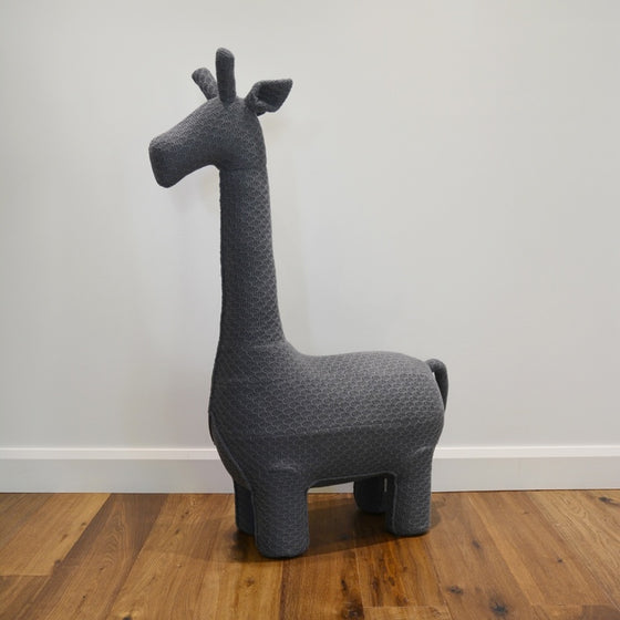 Gerry the giraffe chair