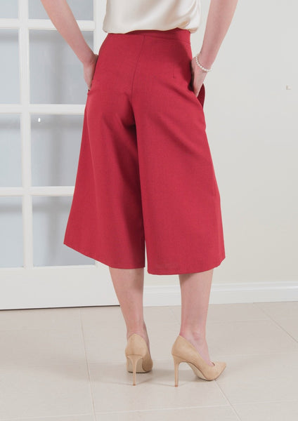 Cullotte style pant perfect for Work.