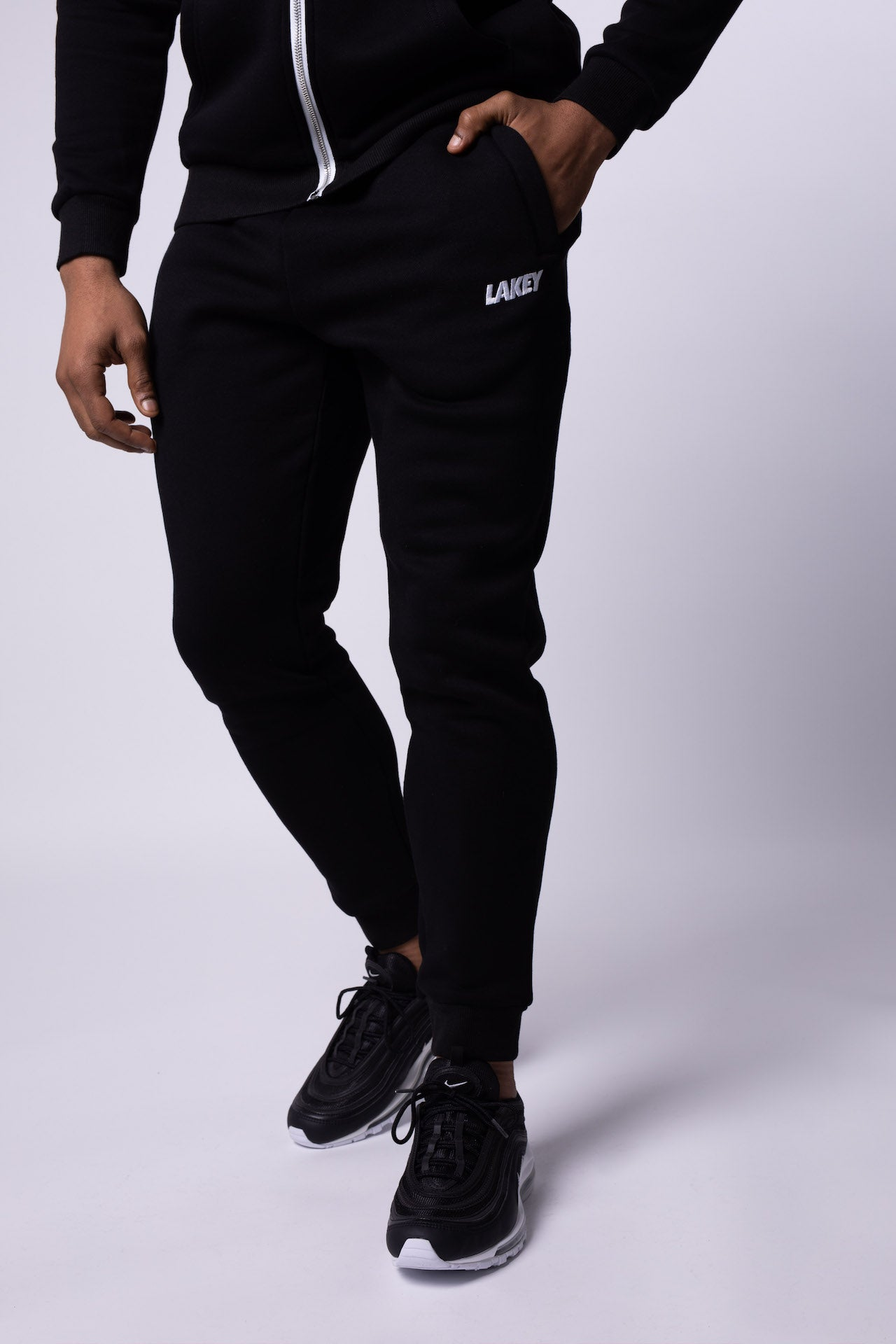 OG FLEECE JOGGERS - BLACK - Lakey