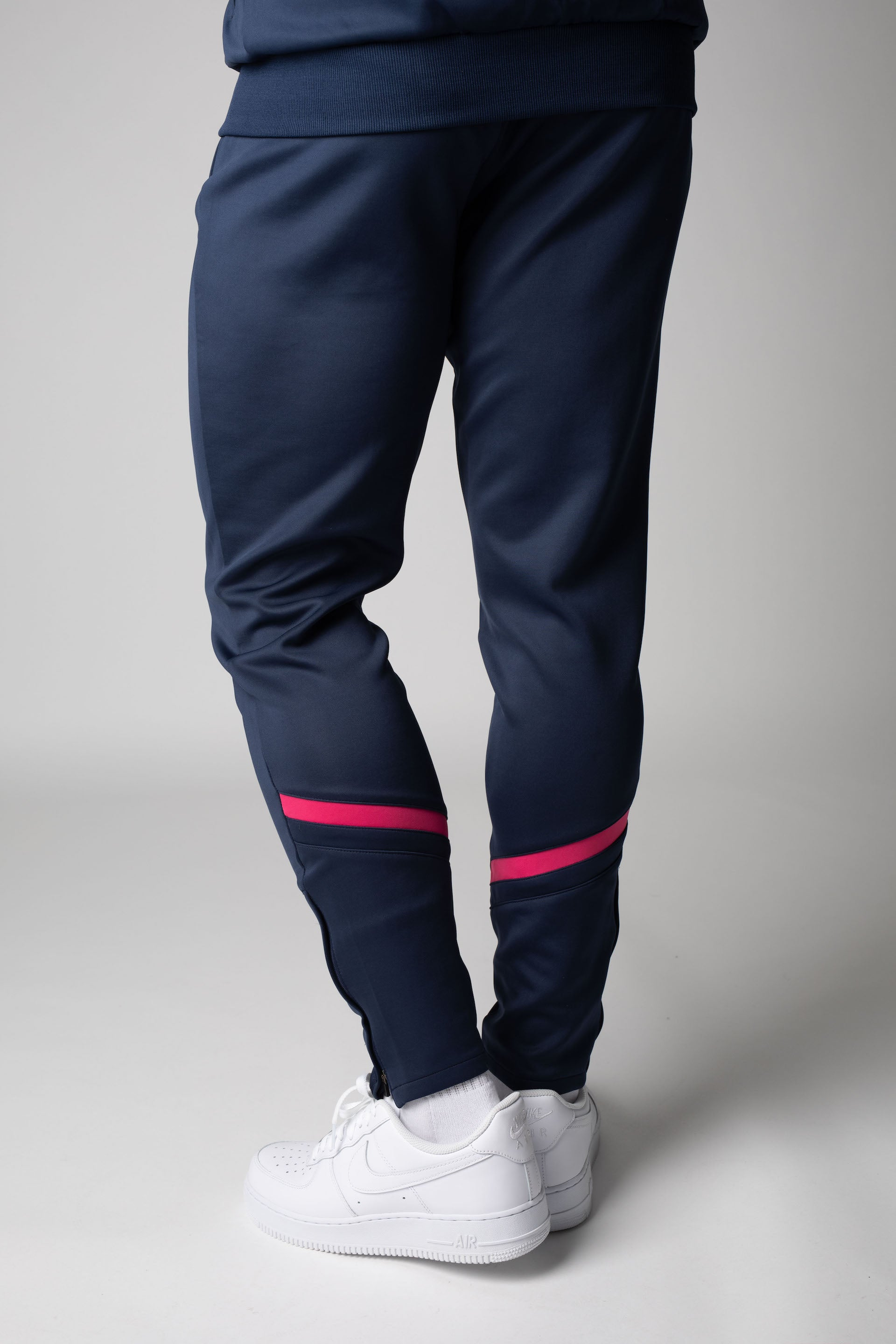CHEVRON PLUS TRACKPANTS NAVY/PINK - Lakey