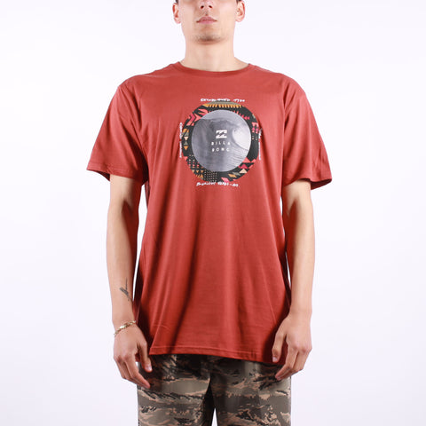 Billabong - Plug In SS Tee - 578 Deep Red
