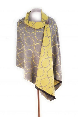 Scarf ~ Zelly 4765 Soft touch Yellow squiggle design