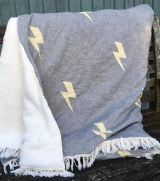 Throw ~ LTF01 Lightning design cotton blanket with fleece backing 170 x 130cm