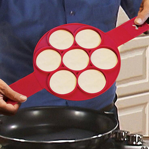 Easy Flippin Pancake Maker