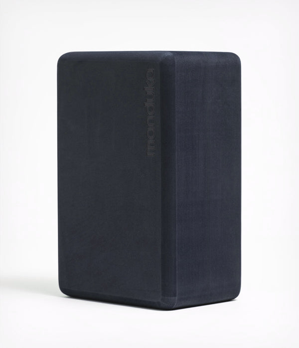 Manduka Recycled Foam Yoga Block - Midnight_40