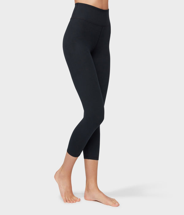 Manduka Apparel - Women's Essential Cropped Legging - Black-2