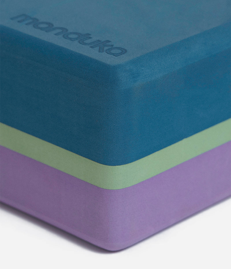 Manduka Recycled Foam Yoga Block (Limited Edition) - Maldive 3-Tone