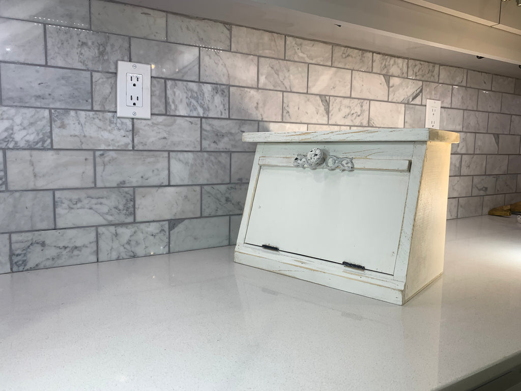Countertop Breadbox